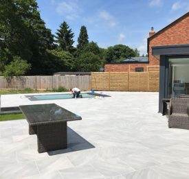 Small new build pool in Northamptonshire