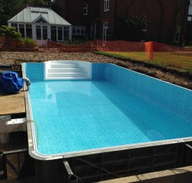 Liner and steps in new build pool