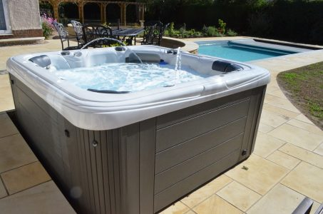 Hot tub Company Bedfordshire