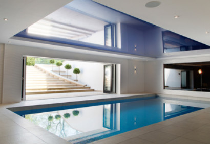 One piece pool installer Bedfordshire