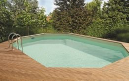 What is the difference between a wooden pool and fibreglass pool