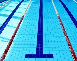 Swimming pool Moving Floor installation company