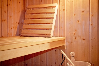 Small home sauna supplier Bedfordshire