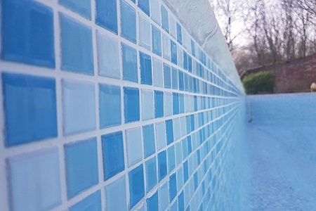 Tiled pool repair company Northamptonshire
