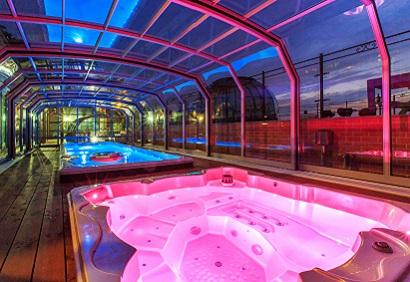 Glass hot tub enclosure installation company