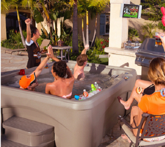 How much does it cost to hire a hot tub?