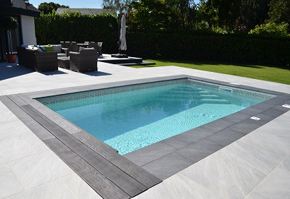 Block and liner pool installation bedfordshire