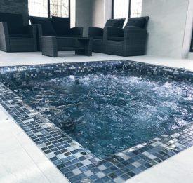 Tiled Spa builder Bedfordshire | Blue Cube Pools